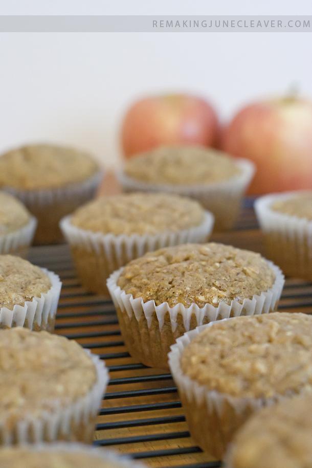 easy banana apple muffins