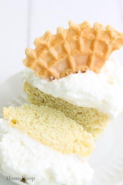Easy Coconut Flour Vanilla Cupcakes with Yogurt Frosting Recipe