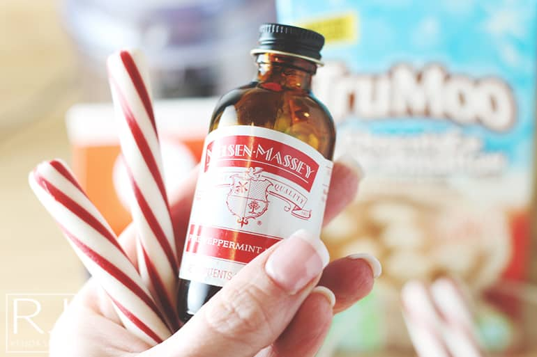 how to make peppermint whipped cream