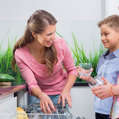 Get Your Family To Help Around The House – 8 Helpful Tips