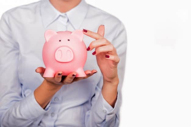 how to start a family budget and save money