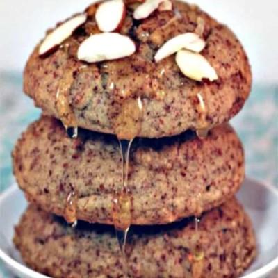 Paleo Honey Almond Breakfast Cakes