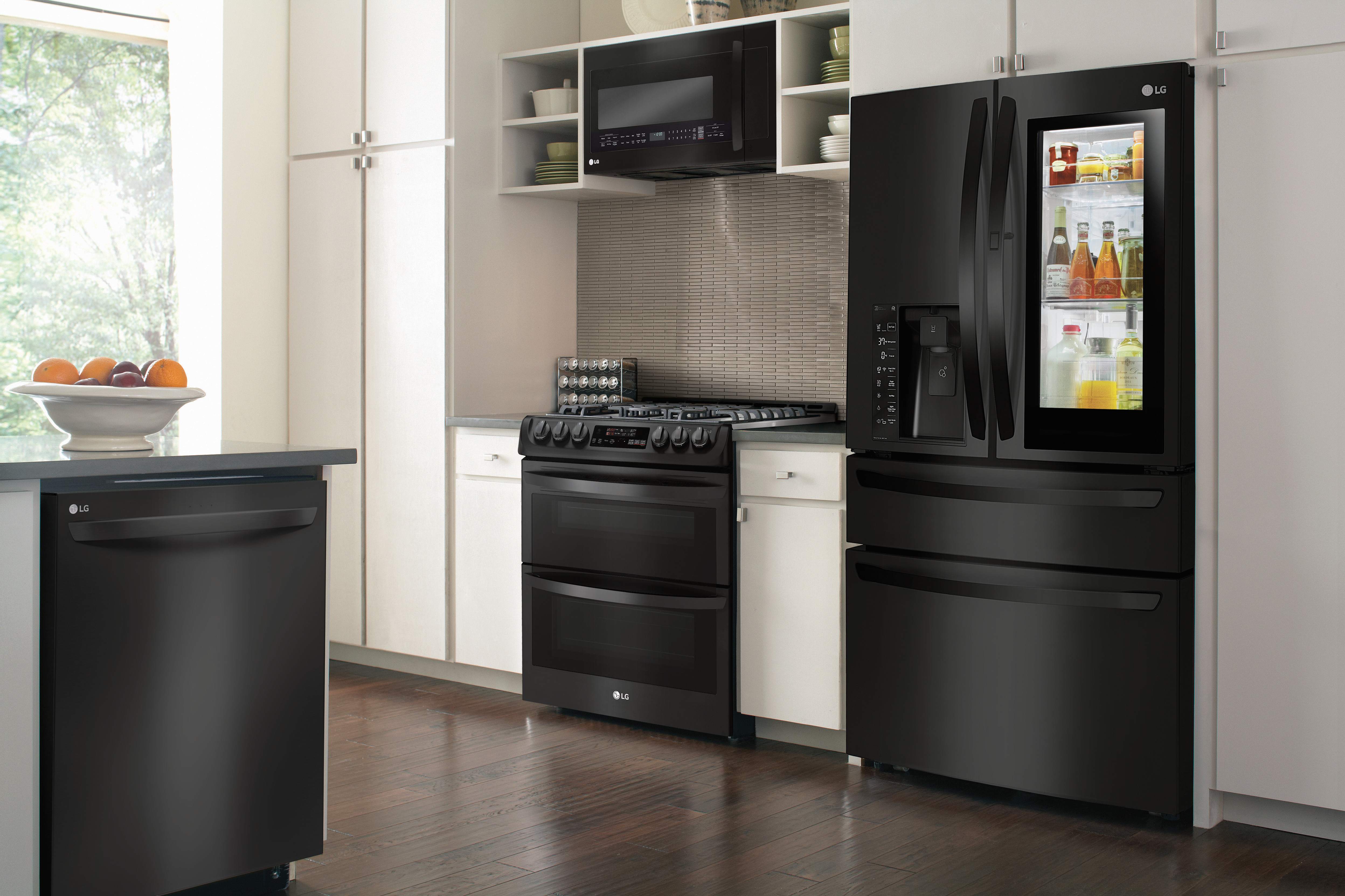 Ready To Upgrade Your Kitchen? Head Over To Best Buy So You Can Check Out  These New Appliances! You Will Be Able To Act Like A Child In A Toy Store!