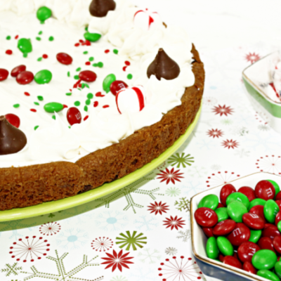 Holiday Cookie Cake – So Simple to Make!