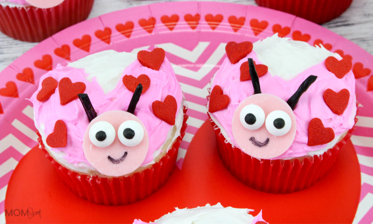 Love Bug Cupcakes - Adorable Lady Bugs perfect for Valentine's!