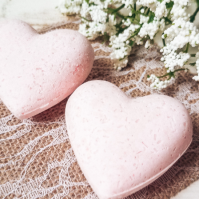 How to Make Pink Heart Bath Bombs
