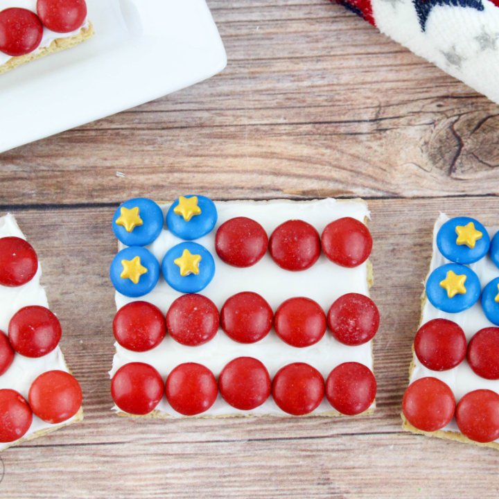 American Flag Graham Cracker Treats