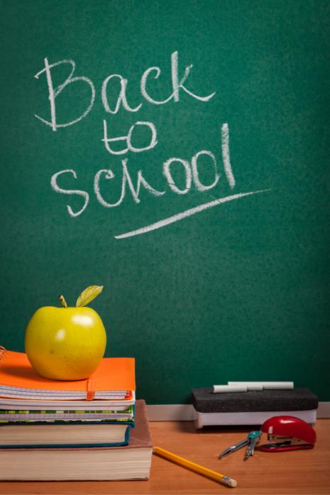 #backtoschoolprintables #backtoschoolclotheshoppinglist #clothesshoppinglist #freeprintables #momskoop