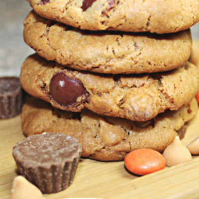 THE ULTIMATE REESE'S COOKIES