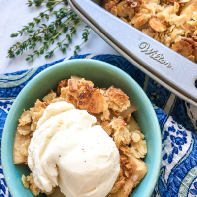 Apple Crisp – Easy and Homemade