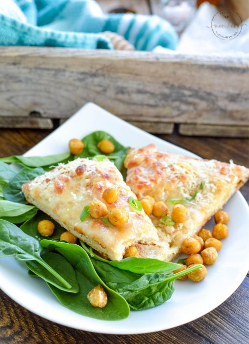 Flatbread with chickpeas and spinach